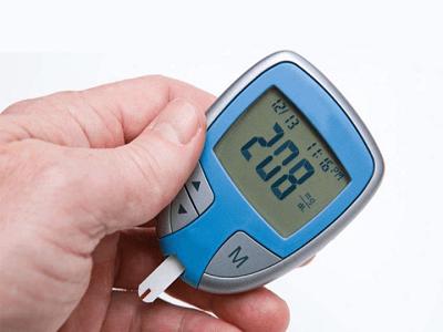 Dấu hiệu cảnh báo lượng đường trong máu tăng cao