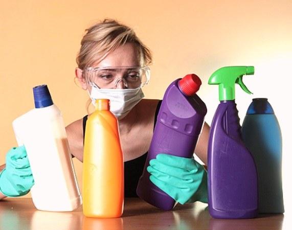 Một số ứng dụng của hóa chất tẩy rửa trong đời sống